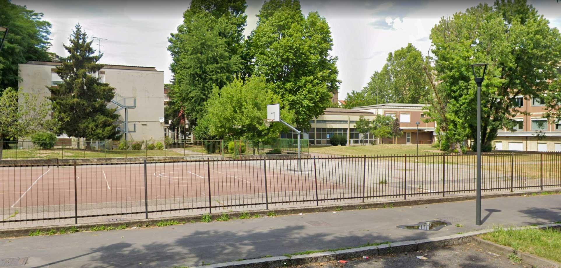 scuola primaria sandro pertini via salerno