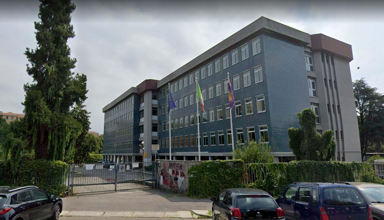 istituto tecnico economico turismo claudio varalli